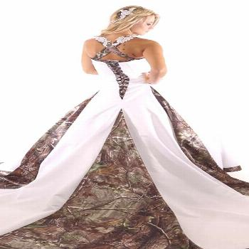 Camo Wedding Dresses For the Modern Bride: Thinking Outside The Box ★